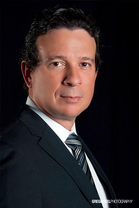 retrato corporativo a jose jimenez ejecutivo dominicano por greg dotel