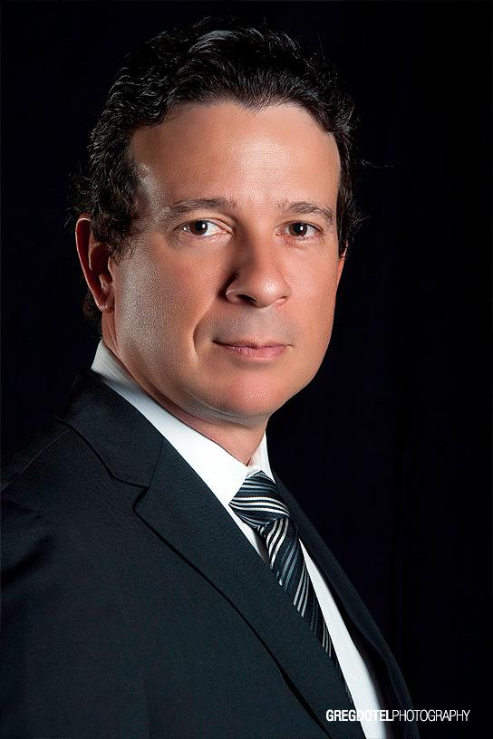 Fotografia de retrato corportativo a Jose Jimenez por el fotografo Greg Dotel