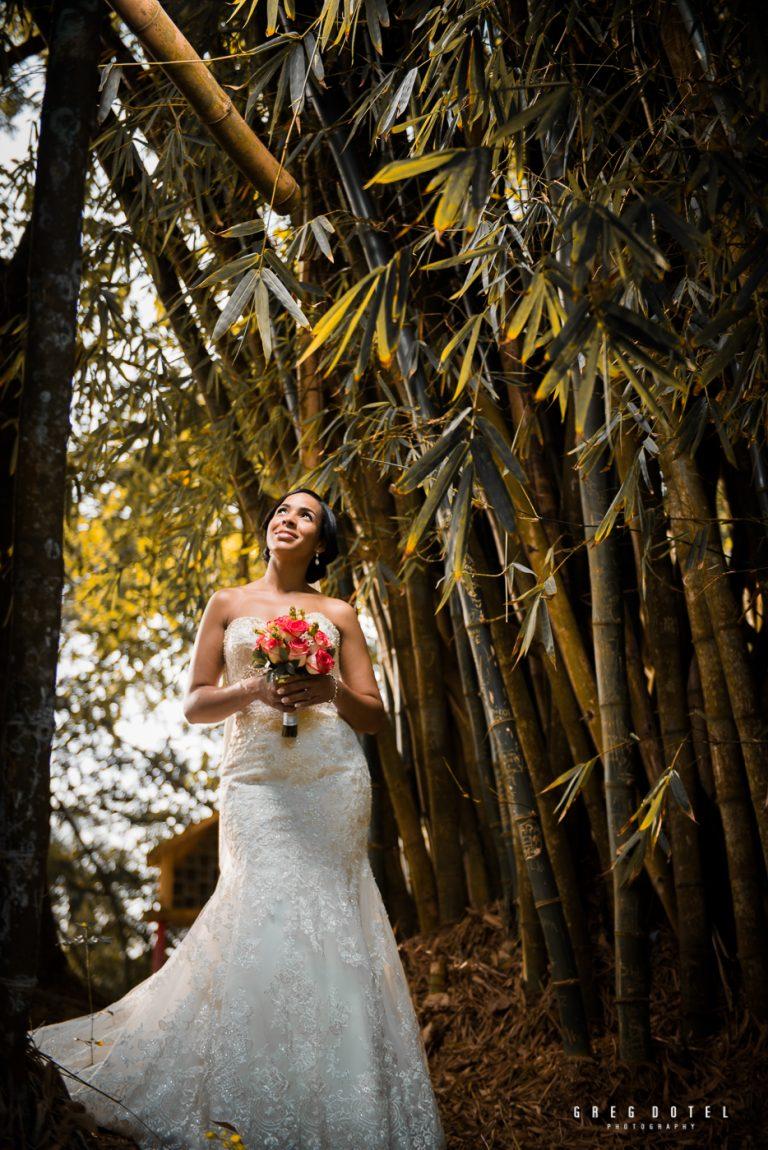 sesion de fotos de novios en santo domingo republica dominicana por el fotografo dominicano greg dotel photography en el parque mirador norte