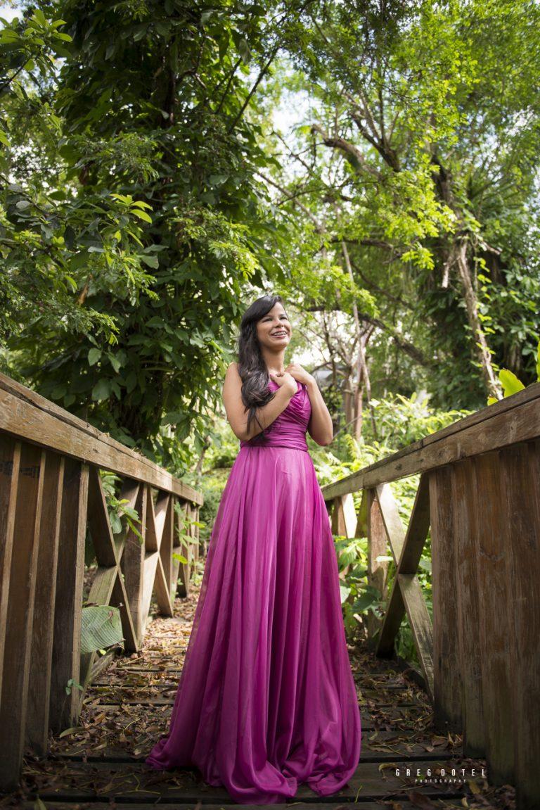 Fotografo de quinceaneras en el jardin botanico de Santo Domingo, Republica Dominicana