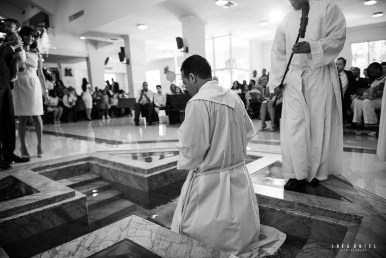 Fotografo dominicano de bautizos en la Parroquia Jesus Maestro Santo Domingo República Dominicana
