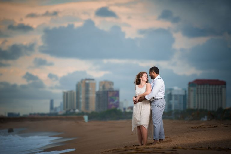 Fotografo dominicano realizó sesión de novios o preboda en la playa de Sans Souci en la ciudad de Santo Domingo, República Dominicana