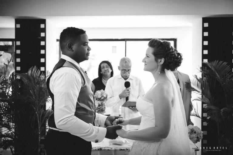 Durante la boda de Tiffany y Joel en la ciudad de Santo Domingo, Republica Dominicana