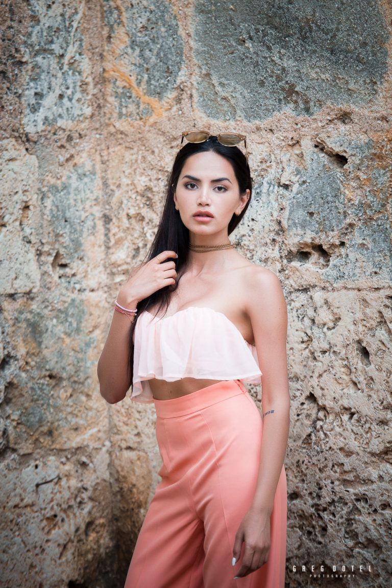 Fotografo de modelos en la Zona Colonial de Santo Domingo con Diipa Koshla