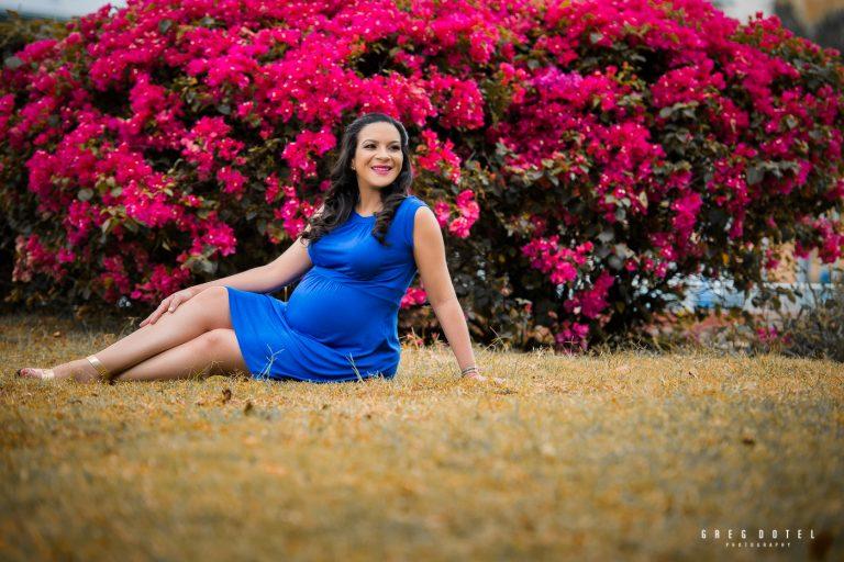 Sesion de fotos de embarazada en el parque mirador sur de Santo Domingo, Republica Dominicana