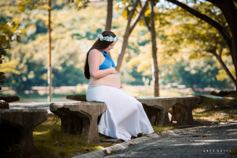 Sesion de fotos de hermosa embarazada en el parque mirador norte de santo domingo