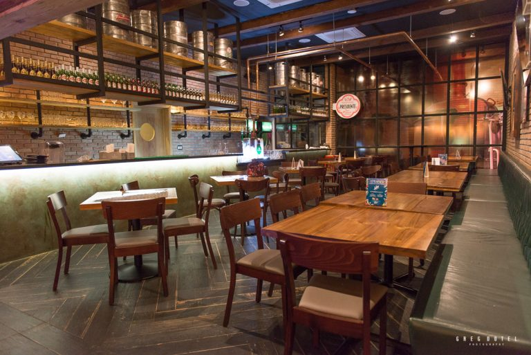 Fotos interiores y arquitectura del Restaurante Jalao en Santo Domingo