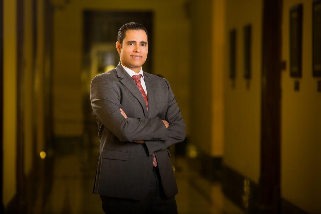 Retratos corporativos a Juan Ariel Jimenez en Santo Domingo Republica Dominicana