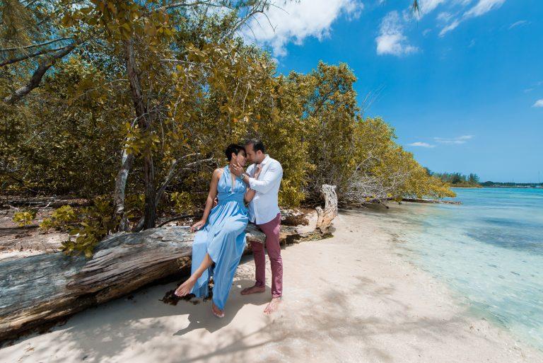 Linda Propuesta de matrimonio a Alejandrina por su novio Abel en la Isla La Piedra en Boca Chica, República Dominicana