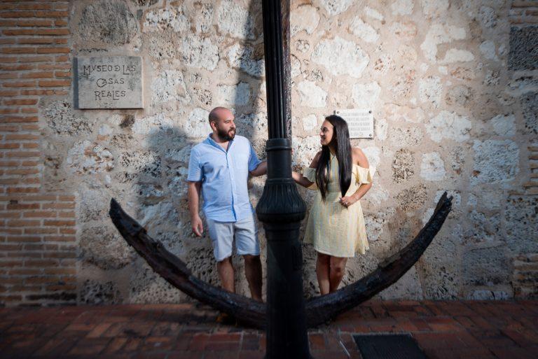 Linda propuesta de matrimonio de Chris a su novia Tali en la Zona Colonial de Santo Domingo, República Dominicana
